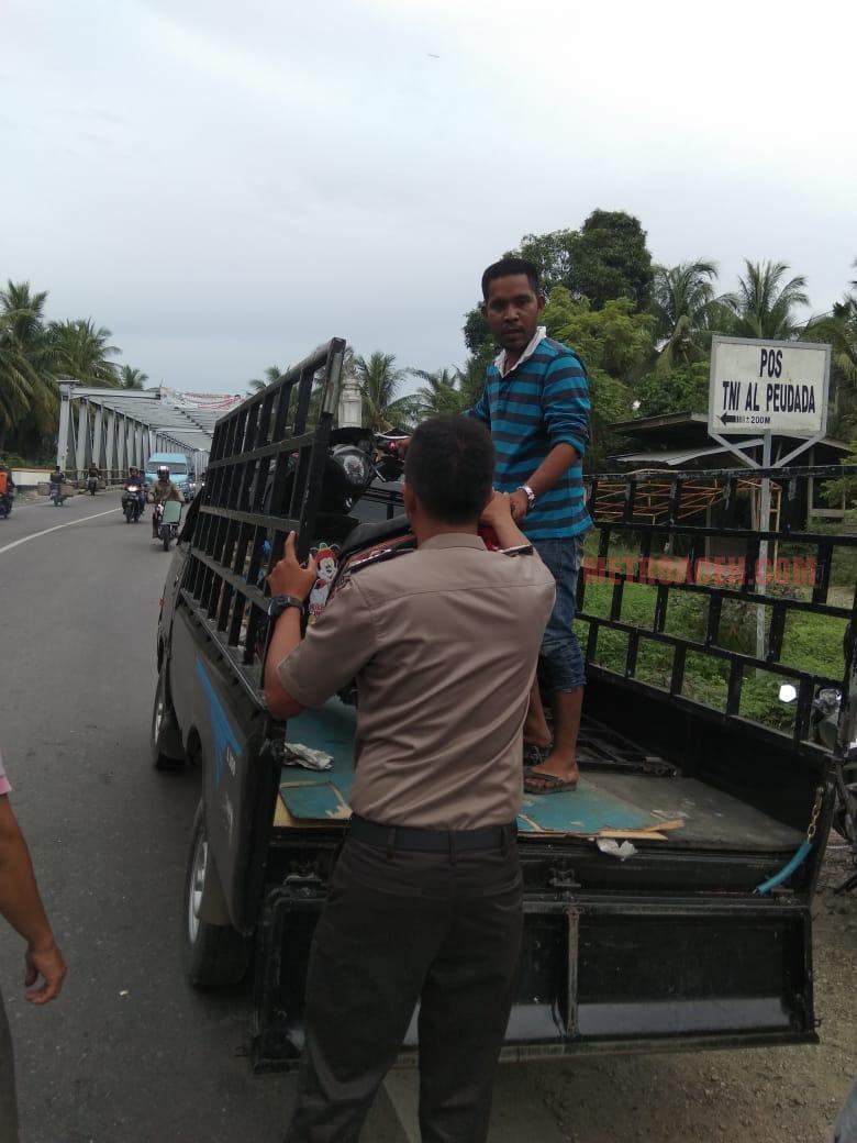 Pengendara Honda Beat Tewas Ditubruk Truk L 300