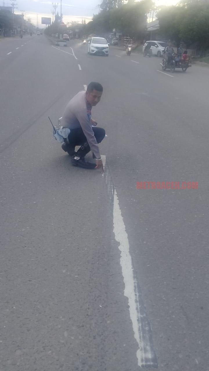 Polisi olah TKP kecelakaan