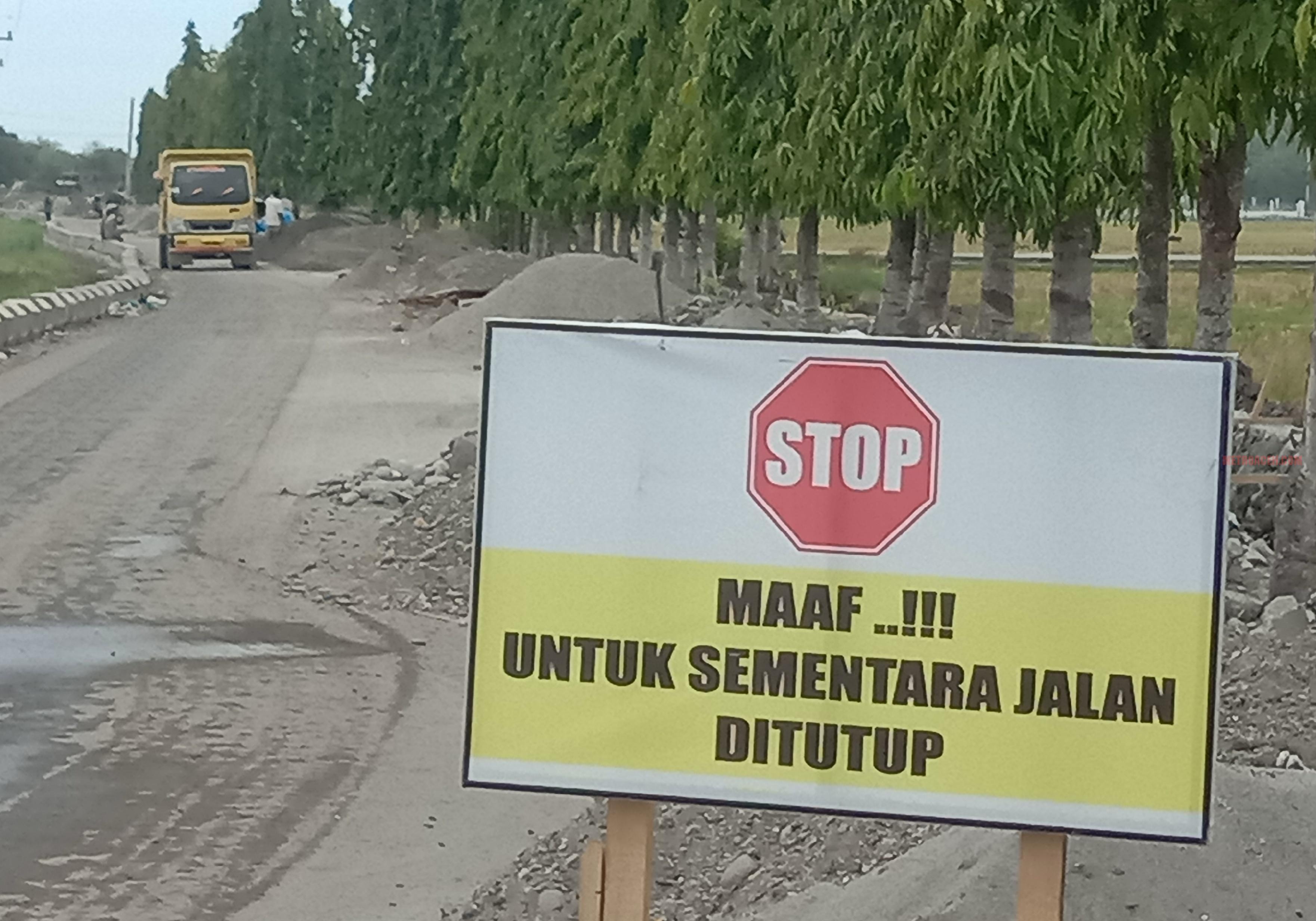 Proyek Saluran Pembuangan Limbah Diduga Bermasalah, Jalan Umum Ditutup Paksa